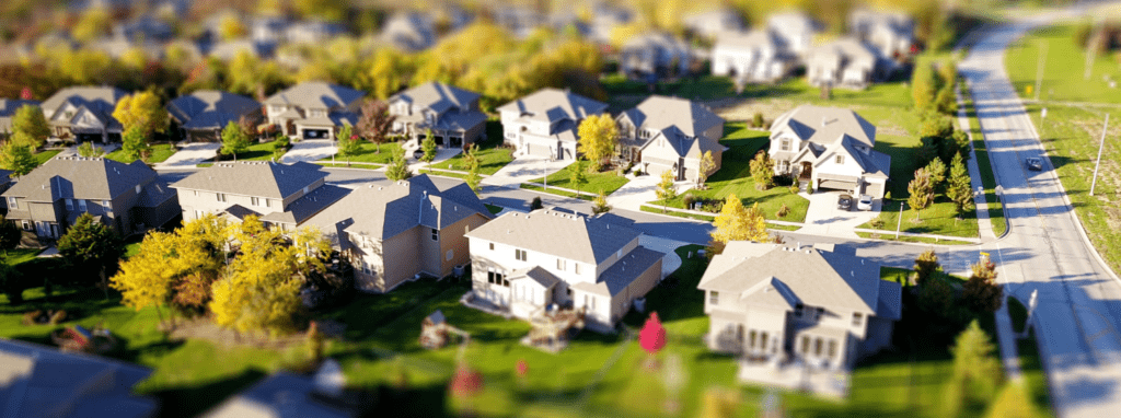 PictCommunity with single family homes